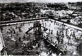 松坂屋 屋上プール